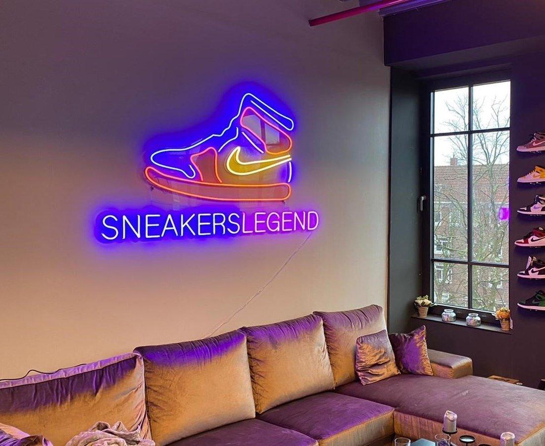 Neon-logo-&-Neon-letters